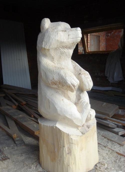 Из дерева медведь своими руками